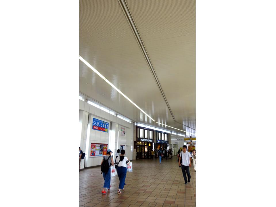 海老名駅の天井高さ